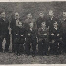 Alfred Weiss and fellow PoWs.jpg