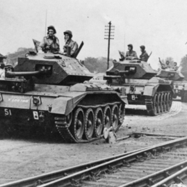 Polish tanks arriving at Haddington Station.jpg